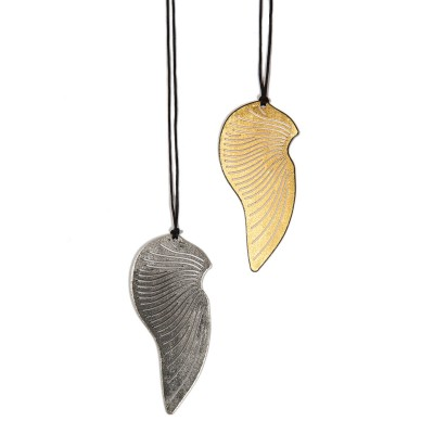 Pendant Leaves